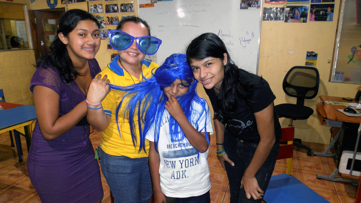 Kinder-Verkleidung-FrancisZeas-ClubInfantil-Nicaragua-Copyright-ClubInfantilundCIR