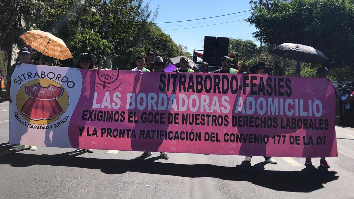 Demonstration-Textil-Arbeit-ElSalvador