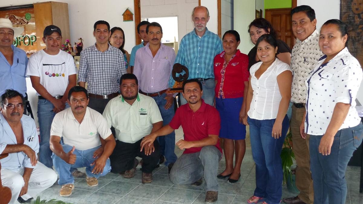 Mitarbeiter*innen von ACOFOP und Guatemala-Referent der CIR Albrecht Schwarzkopf