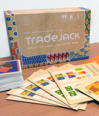 Schachtel und Materialien des Brettspiels Trade Jack der CIR