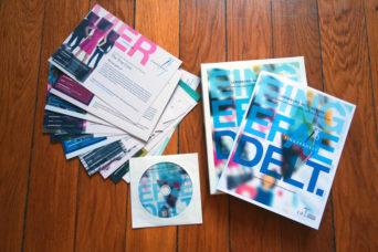 CIR-LernSet-Eingefädelt-Saubere-Kleidung-2016 enthält eine DVD, eine Broschüre und viele Lern- und Aktionskarten