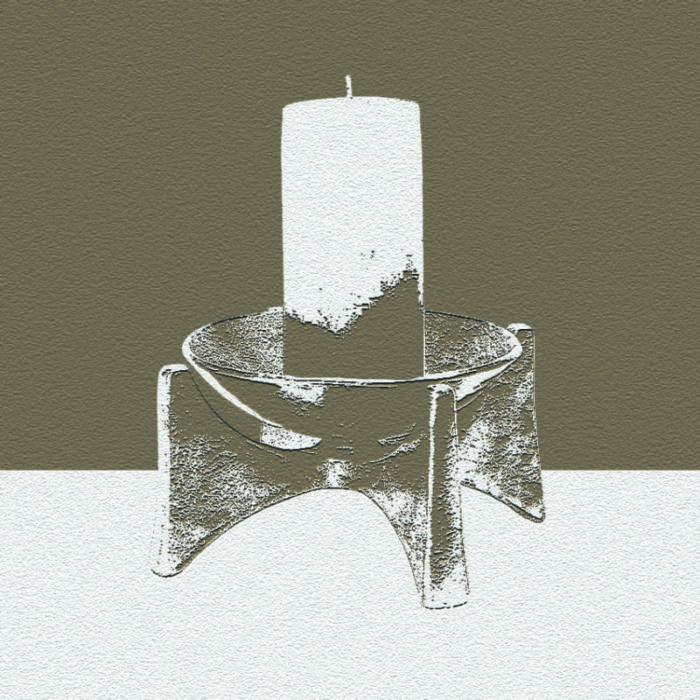 Kerze im Kerzenständer
