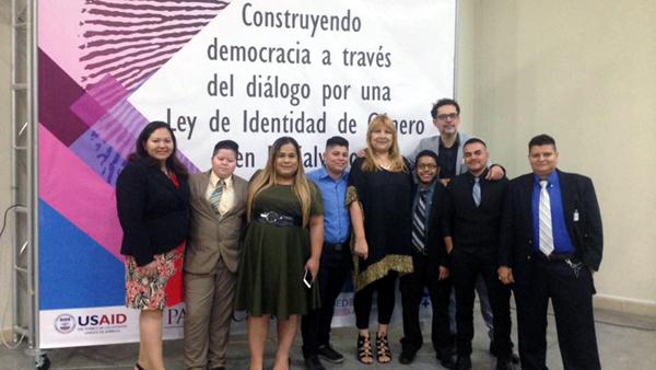 Gruppenfoto bei Konferenz