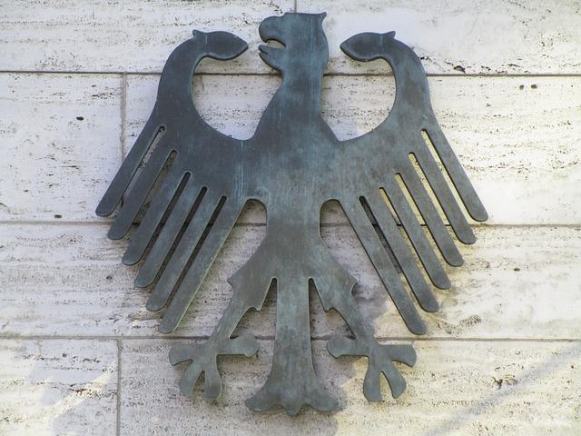 Bundesadler als Symbol für die Gesetze und die Hauptstadt Berlin