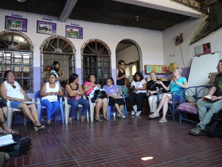 Treffen mit Frauen des Maquila-Komitees bei Mujeres Transformando