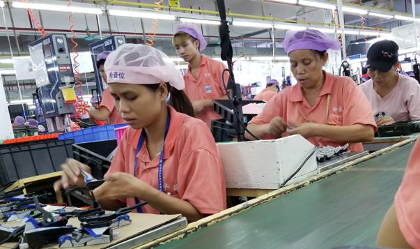 Arbeiterinnen in einer der untersuchten chinesischen Spielwarenfabriken